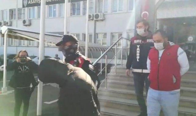 Kendilerini polis olarak tanıtıp 145 bin lira dolandırdılar - Bursa Haberleri
